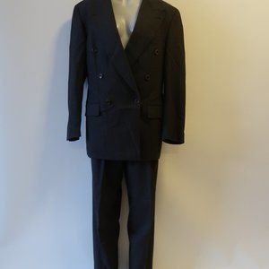 HUGO BOSS GRAY DOUBLE BREASTED SUIT SZ 38L*
